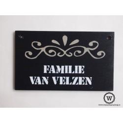 Naambord familie van Velzen