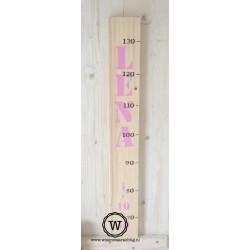 Groeimeter met naam en datum roze