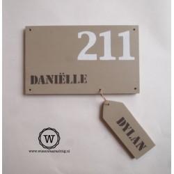 Naambord voordeur met naamlabel