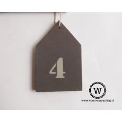 Houten huisnummer huis antraciet