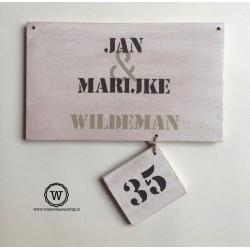 Naambord voordeur met huisnummerlabel white wash