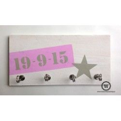 Kapstok label roze datum