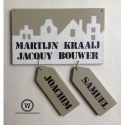 Naambord voordeur huisjes met naamlabels