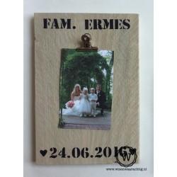 Memobord met familienaam en datum