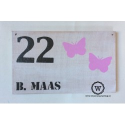 Naambord white wash vlinders