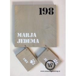 Naambord steigerhout met losse labels